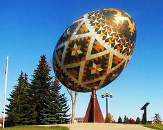 Giant Easter Egg, Alberta Canadá