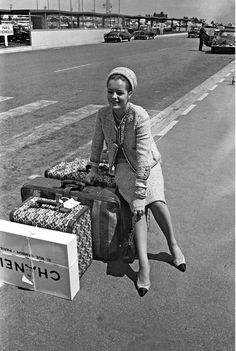 Romy Schneider + CHANEL    Habitually Chic®: Traveling in Style