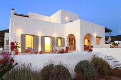 Photo 15 of 18 in Villa Tea by Alix Helgesen - Dwell Mediterranean Architecture, Mediterranean Homes, Greek House, Adobe House, House Front, Ibiza, Future House, Beach House, House Design