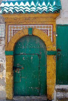 Africa | 'Weathered Door'. As Suwayrah, Essaouira, Morocco.  © Zineb Benchekchou door