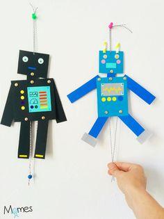 Pour fabriquer ces pantins robots en papier, géométrie et gommettes sont au programme ! Avec les attaches parisienne et la ficelle, ces petits robots de papier s'articulent comme de véritables robots. Dibilip... C'est par-ti pour le bri-co-la-ge.