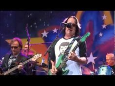 Todd Rundgren & Ringo Starr All Star Band - I SAW THE LIGHT and LOVE IS ...