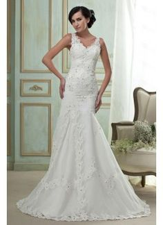 Gorgeous Mermaid/Trumpet V-Neck Chapel Train Lace Wedding Dress