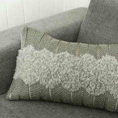 dg 335 | knitted pillow | knitting pattern | knitted interior | strikket pute
