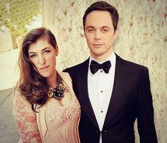 Mayim Bialik and Jim Parsons — Royal Television Couple