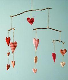 Móbile corações