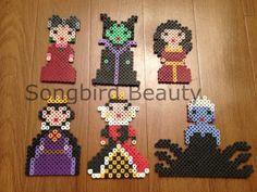 Méchants de Disney, Perler Beads, drôle, aimant, ornement de Noël, kawaii, maléfique, la méchante Reine, Ursula, mère gothel, Reine des coeurs