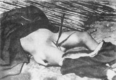 "Chinese old woman raped and killed by Japanese at Tai'erzhuang. ""Massacre de Nanquim""."