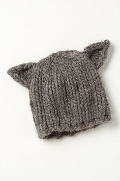 feline winter beanie @Abby Sandquist I bet you could make this for waaayyy cheaper!