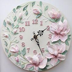 Image gallery – Page 536632111843768513 – Artofit Clock Painting, Sculpture Painting, Pottery Sculpture, Ceramic Painting, Ceramic Art, Carved Wood Wall Art, 3d Wall Art, Mural Art, Cold Porcelain Flowers