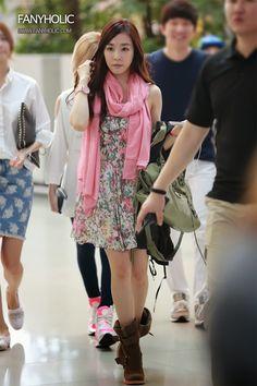 Official Korean Fashion : SNSD Tiffany Airport Fashion