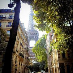 """""""Vedeva Parigi come un insieme di idee. Pensare in questa città è pensarla, diceva. E per un certo tempo gli dedicò il suo io"""" #Paris"""