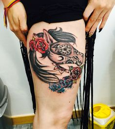Tatoo horse skull roses