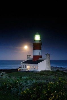 27 m tower National monument Full moon at L'Agulhas Lighthouse, Western Cape, South Africa by Liesel Kershoff Saint Mathieu, Terra Nova, Lighthouse Pictures, Beacon Of Light, Am Meer, Belle Photo, South Africa, Beautiful Places, Scenery
