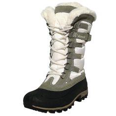 Der warme Schnee Boot für Damen von KAMIK mit weichem Thinsulate Warrmfutter, welches für warme Füße sorgt, eignet sich perfekt für Ausflüge in den tiefsten Schnee.