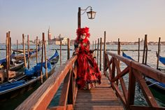 Travel to Venice for the carnival 2014 with Travel Idea http://www.travelidea.gr/organomena-taksidia/europe/ταξίδι-βενετία-καρναβάλι-4ημέρες-detail