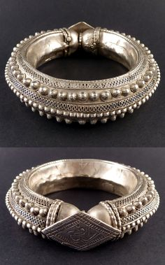 Old bracelet from the Rashaida   Silver, finely decorated with small domes and granulations   Mid 20th century