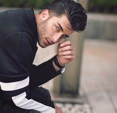 Image via We Heart It https://weheartit.com/entry/161206063/via/16050623 #abs #boy #boyfriend #eyes #fit #handsome #Hot #inspiration #lips #man #mmm #perfect #perfection #yum #yesplease #perfectman #perfectboy #tonimahfud