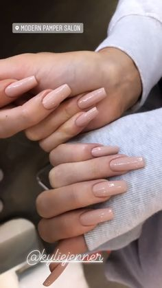 How to choose your fake nails? - My Nails Kylie Nails, Aycrlic Nails, Nude Nails, Kendall Jenner Nails, Acrylic Nails Kylie Jenner, Coffin Nails Designs Kylie Jenner, Kardashian Nails, Finger, Best Acrylic Nails