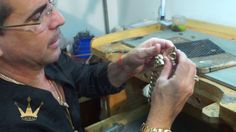 Grimal joyería fabricando un cierre de cubanlink