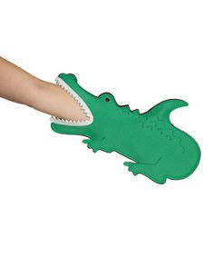 Take a look at this DCI Green Gator Oven Mitt by Stocking Stuffers: Gadgets Kitchen on today! Cute Kitchen, Kitchen Gifts, Kitchen Stuff, Awesome Kitchen, Green Kitchen, Kitchen Items, Air Max Sneakers, Sneakers Nike, My Adventure Book
