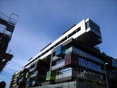 Milano - Via Doberdò - architetti Arkpabi, never saw this but its interesting