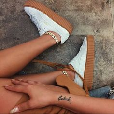 white Puma x Rihanna Fenty Creepers Pumas Shoes, Shoes Sandals, Shoes Sneakers, Cute Shoes, Me Too Shoes, Streetwear, Sneaker Heels, Crazy Shoes, Mode Style