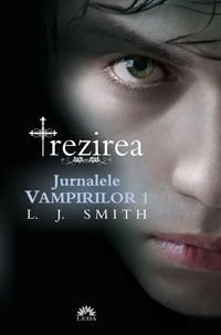 Jurnalele vampirilor- Trezirea Autor: L.Smith Titlu în engleză: The Vampire Diaries- The Awakening Număr pagini: 288 An apari. The Vampire Diaries, Vampire Academy, Twilight, My Books, Horror, Drama, Cover, Movie Posters, Originals