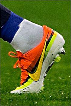 quality design 299d3 7db3c Global Football Boots Spotting - 02 04 13 - Football News