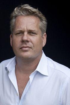 Thomas Acda   acteur en zanger, bekend als lid van het duo Acda en De Munnik.  Geboren: 6 maart 1967