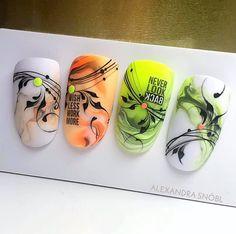 Line Nail Art, Nail Art Set, Indigo Nails, Navy Nails, Pretty Nail Art, Cool Nail Art, Swirl Nail Art, Motif Arabesque, Nail Drawing