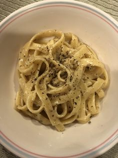 [Homemade] Cacio Pepe (from BwB) Think Food, I Love Food, Good Food, Yummy Food, Food Goals, Food Is Fuel, Cafe Food, Aesthetic Food, Food Cravings