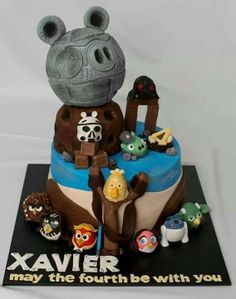 Cool Star Wars Angry Birds cake