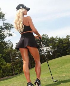 "Golf Hotties ""You're definitely doing it right. Sexy Golf, Girls Golf, Ladies Golf, Sporty Girls, Golf Fashion, Golf Outfit, Athletic Women, Female Athletes, Female Golfers"