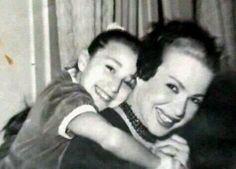 هند رستم مع ابنتها