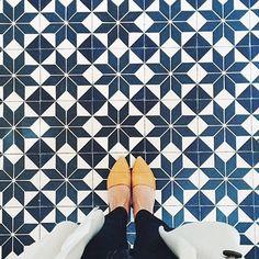 Regram @jennikayne #ihavethisthingwithfloors #feetmeetfloors