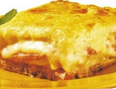 Torta de três queijos