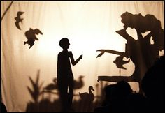 Teatro de sombras http://transmimentos.blogspot.pt/2012/11/teatro-de-sombras.html