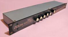 Zoom Studio 1201