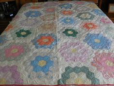 Vintage 1930's Quilt Grandmothers Flower Garden Hand Quilted Feedsack 78 x 72