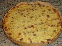 Aprenda a preparar a receita de Quiche de alho poró com bacon
