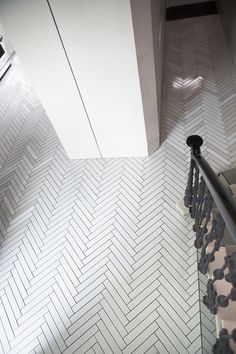 Made a Mano Panorama, a beautiful range of solid colour tiles.  The Panorama tiles are available in an almost endless range of colours making it one of our most flexible and customized ranges.  The