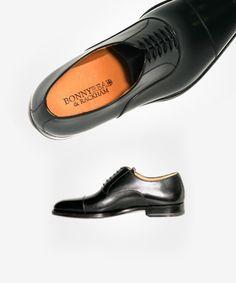 Zapato Oxford Cuero Negro. 107€ en Tienda 215€