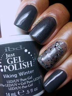 Simply Into My NAILS: IBD Viking Winter on my thumb, index and pinky fingers, IBD Slate on my middle finger and IBD Glitterazzi on my ring finger with Slate undies!