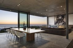 Pearl Bay Residence Architects: Gavin Maddock Design Studio Location: Yzerfontein, South Africa