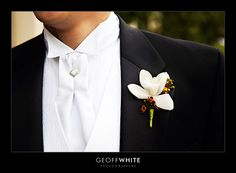 Google Image Result for http://blog.geoffwhite.com/wp-content/uploads/2008/08/groom-20white-20bowtie.jpg