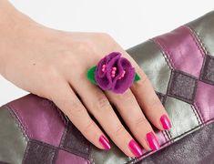 DIY: Bead Ring with a Felt Flower