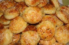Piekla som ich na Silvestra, skrátka sú výborné, ľahké ako pierko:)) Silvester Party, Salty Snacks, Mini Foods, Croissant, Christmas Baking, Pretzel Bites, Biscuits, Bakery, Pizza