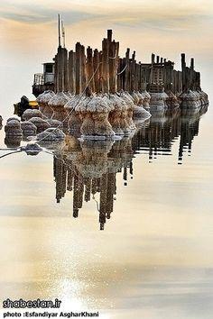 Photos: Lake Urmia-Iran, the third largest salt water lake on earth Salt Water Lake, Salt And Water, Visit Iran, Blur Photo Background, Iran Travel, Persian Culture, Wallpaper Naruto Shippuden, Wonderful Places, Amazing Places