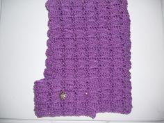 (4) Name: 'Crocheting : Zig Zag Scoodie